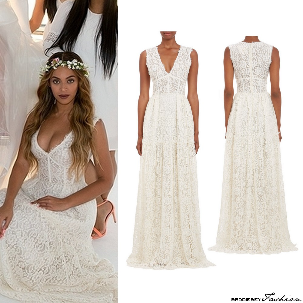 Beyonc looks stunning at the all white wedding of tina and beyonc wearing a sophia kah dress to tinas wedding junglespirit Image collections